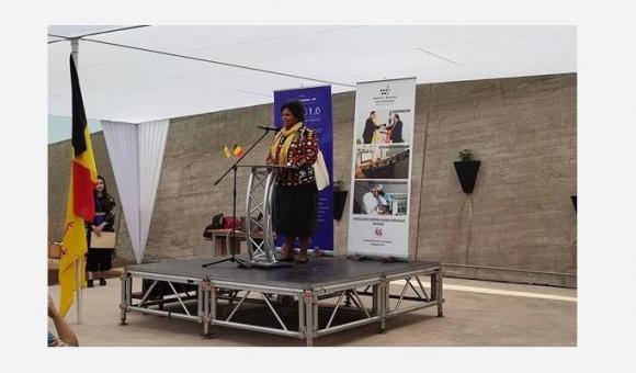 Discours d'inauguration à SACO 1.0 par Emmanuelle Dienga, représentante de la DGWB à Santiago du Chili (c) DGWB Santiago du Chili