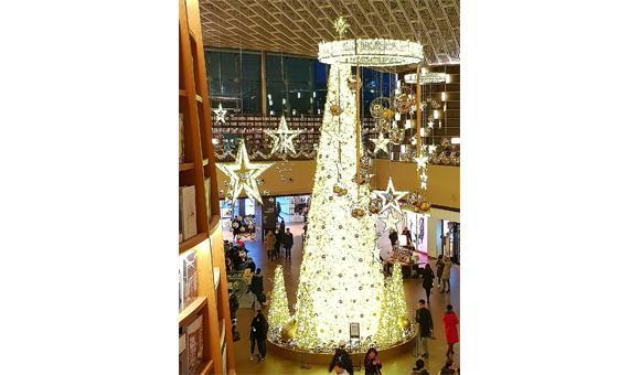 Globall Concept est le spécialiste de la décoration et l'illumination festive.