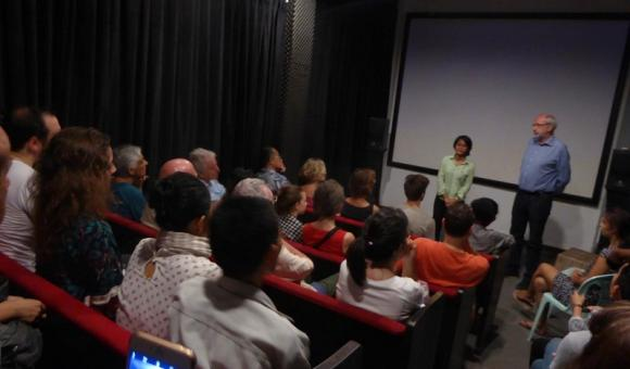 Discussion during the festival in Cambodia (c) DGWBHanoi