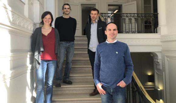 Catherine Linard, Benoît Muylkens, Damien Copeau et Nicolas Gillet constituent l'équipe qui a mis au point la nouvelle technique de diagnostic © UNamur