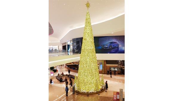 La décoration luxueuse made in Wallonia de ce shopping center coréen.