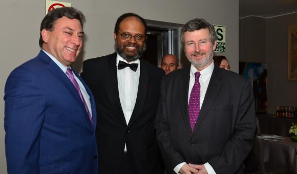 M. Eduardo Benavides President de l'EuroCámaras, M. Koenraad Lenaerts Ambassadeur du Royaume de Belgique