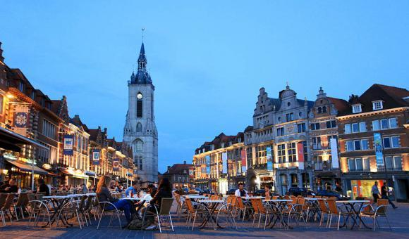 © CGT - A. Siquet - Grand Place de Tournai