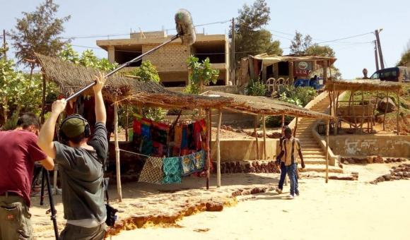 La vendeuse de coulier du Toubab Dialaw