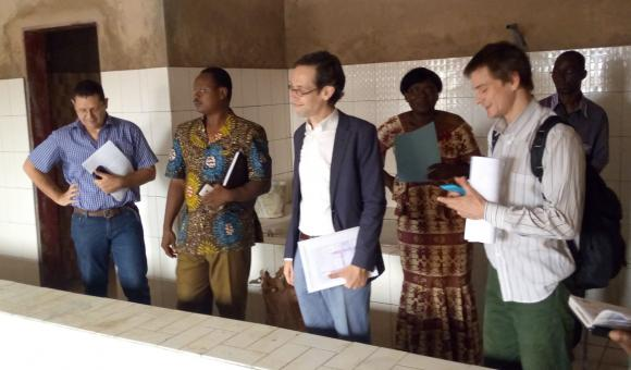 The DGD delegation visiting the Burkina Centre for Physical Medicine and Rehabilitation