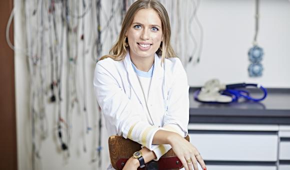 UCL neuroscientist Emmanuelle Wilhelm wins l'Oréal-Unesco research grant